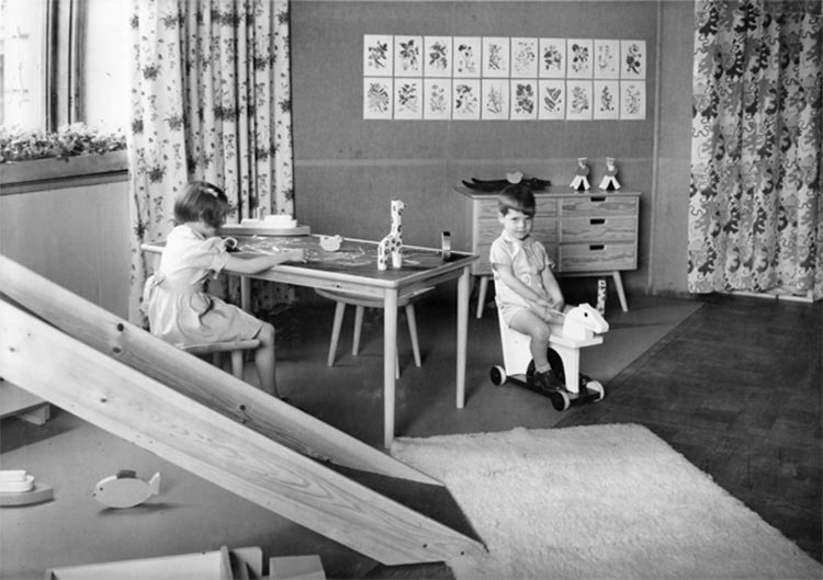 Exposición de muebles en la Galería Moderna de Estocolmo