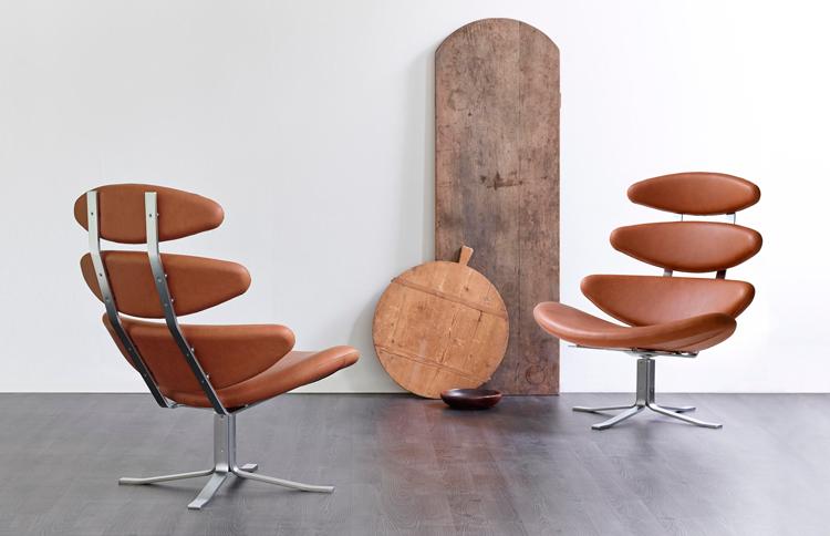 Butacas Corona de Volther, tapizadas en cuero marrón | Inspiración vía Pinterest