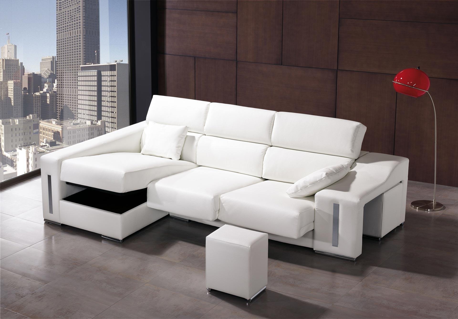 Cu les son los muebles m s adecuados para un piso peque o for Sofas cheslong pequenos
