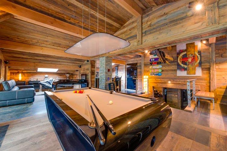 Crea tu sala de juegos con billares y futbolines de dise o for Mesas de billar de lujo