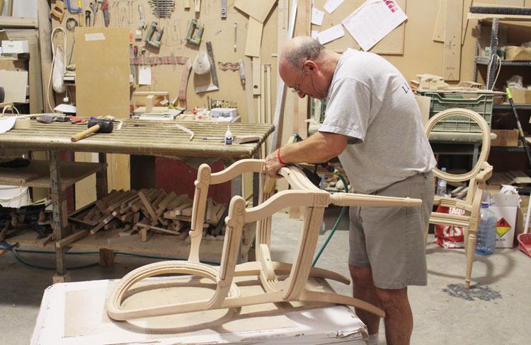 Colecci n gora muebles de lujo firmados por llass blog - Fabricas de muebles ...