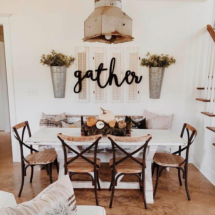 Muebles de estilo r stico y provenzal para comedores for Sillas de forja para comedor